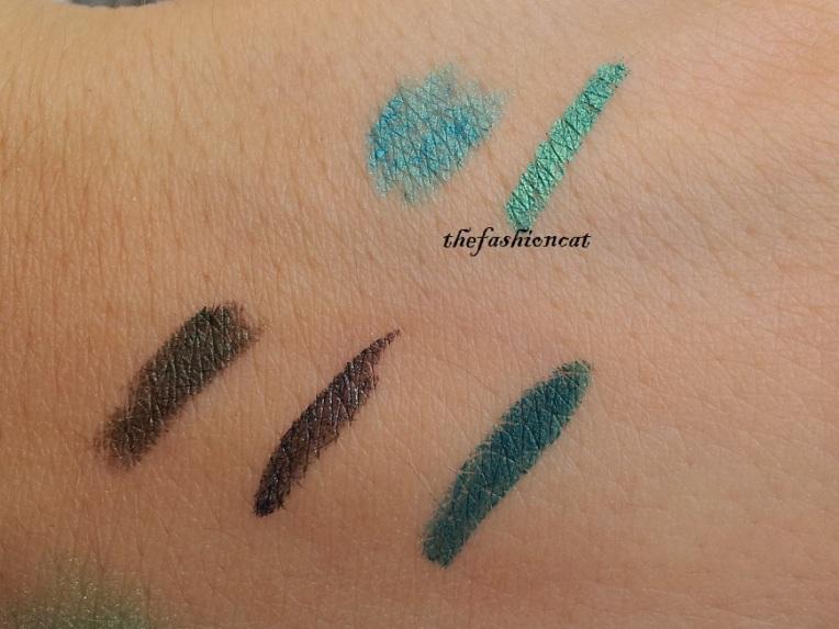 dall'alto: Essence matita e eyeliner, Kiko matita, eyeliner e llse